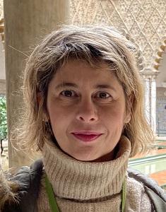 Carmen Madrid. Preparadora del DELE y autora de libros