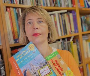 Carmen Madrid. Soy profesora y autora de libros de español para extranjeros. Ayudo a estudiantes a aprender español y a aprobar el examen DELE.
